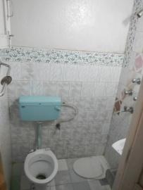 hotel bathroom in Nepal